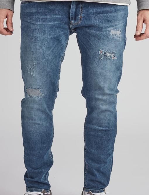 Blå jeans i slim fit