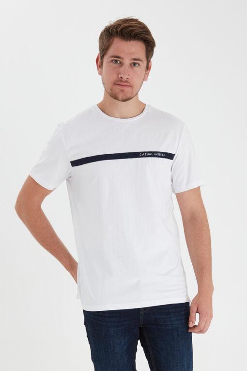 Hvid T-shirt - Casual Friday